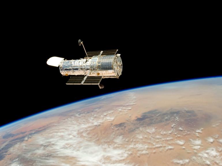 NASA baru sahaja menyelesaikan masalah komputer misteri dengan teleskop angkasa yang terkenal