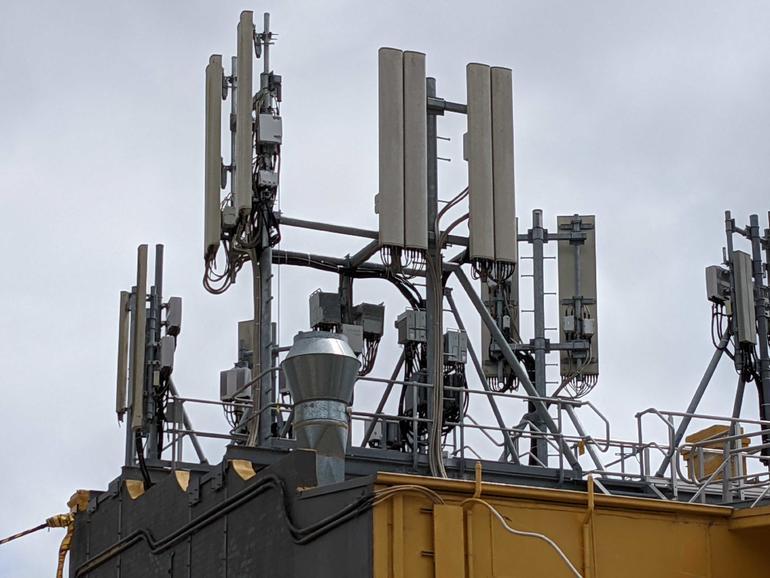 Pengisian semula TPG dan Telstra pada jalur 1800MHz dan 2100MHz menyaksikan peningkatan kelajuan 10-20%